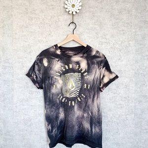 Volcom | distressed bleached t-shirt. Sz L
